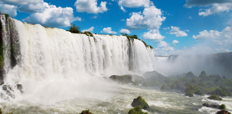 Mist coming from Iguassu falls, Brazil.