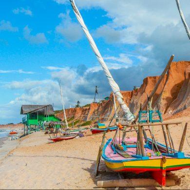 barques colorées Nordeste Canoa Quebrada