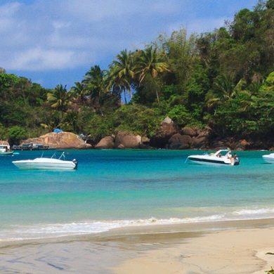 bateaux amarrés Ilha grande
