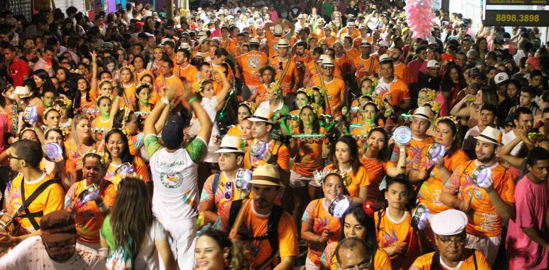 Front view of a precarnival bloco in Brazil.