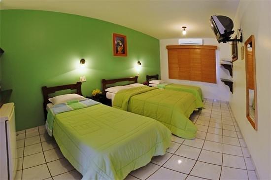 Triple room in Hotel Pantanal Norte.