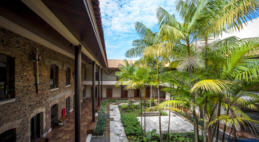 A view of the Atrium quinta das pedras, one of our accommodation options.