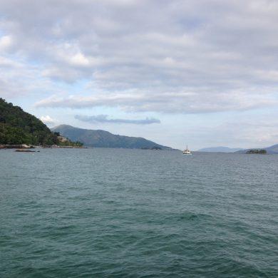 en bateau vers Ilha Grande