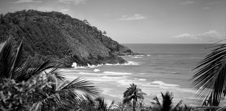 Itacarezinho beach in Black and White.